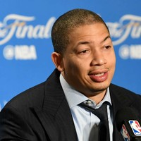 Cavs coach Lue: Warriors best I've ever seen