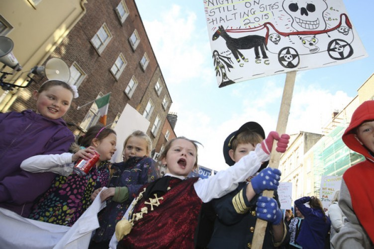 Traveller children protesting outside the Dáil in 2015/