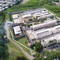 Four dead, including three police officers, in Mexican prison shootout