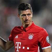 Lewandowski blames team-mates for costing him Bundesliga top scorer award