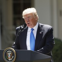 Trump says he's '100%' willing to testify about his private meeting with Comey
