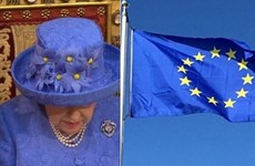 Queen Elizabeth might have given a subtle nod to the EU with her hat
