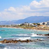 Irish teenager drowns in Crete swimming pool