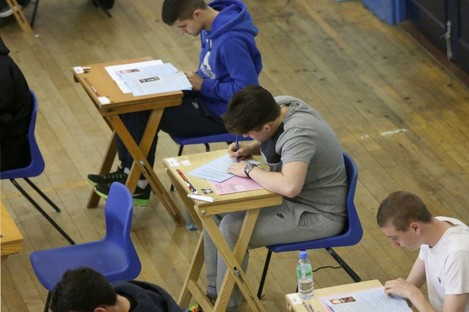 Within a couple weeks of finishing the Leaving Cert, time is running out for students to change their minds on the CAO.