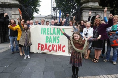 Anti-fracking supporters outside Leinster House in Dublin today.