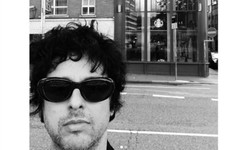 Green Day visited the first ever bar they played in Dublin... only to find that it's now a Starbucks