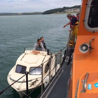 Six people rescued from boat in 'dangerous' conditions off Cork coast