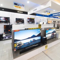 Thieves steal 50 TVs from Dublin shopping centre