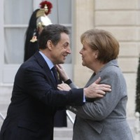 Merkel backs Sarkozy for second-term as French president