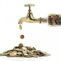 The Government plans to start refunding water charges from autumn