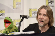 There's now a war of words between the voice of Kermit and the makers of the Muppets