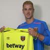 Joe Hart looks to resurrect career after sealing loan move to West Ham