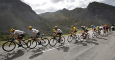 Dan Martin's attacks snuffed out as Froome stretches yellow jersey lead in the mountains