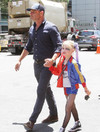People are praising actor Liev Schreiber for letting his son dress as Harley Quinn at Comic Con