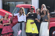 10 desperately important photos from Serena Williams fab 1950s-themed baby shower