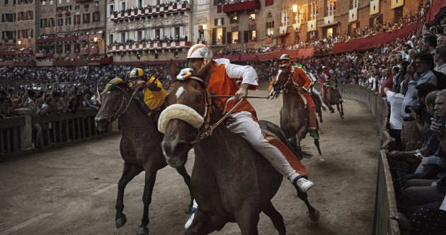 PHOTOS: Irishman captures incredible images of famous Palio di Siena horse race