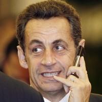 Bonjour à tous! Nicolas Sarkozy joins Twitter