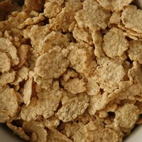 """Breakfast cereals """"too high in sugar"""", says report"""