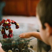Poll: Do your kids prefer touchscreens or toys?