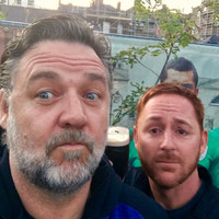 Russell Crowe was on the pints in Dublin last night