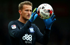 Former Man United goalkeeper returns to Premier League as injury cover