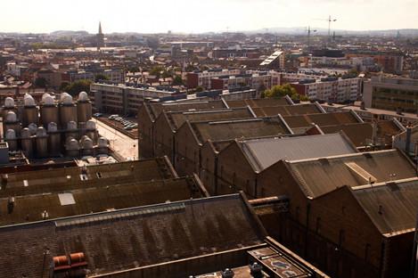 St James's Gate. View across vathouse rooftops, Market Street.