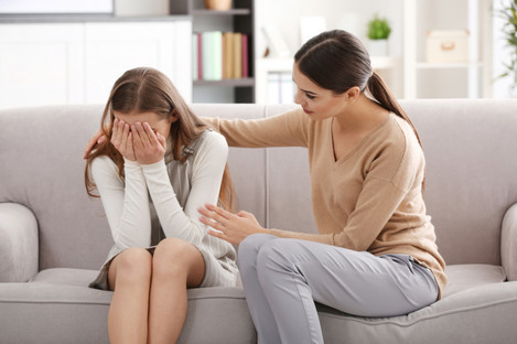 Teenager with psychologist