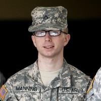 Bradley Manning defers court plea in WikiLeaks case