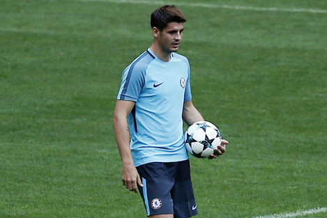 Alvaro Morata training for Chelsea.