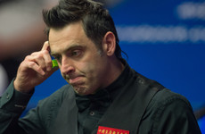 Watch: Ronnie O'Sullivan lets stage invader attempt to pot the black
