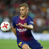 Former Everton star on target as Barca roll on calmly amidst Catalan chaos