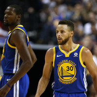 Curry, Durant both ejected in final minute of Warriors' loss to Grizzlies
