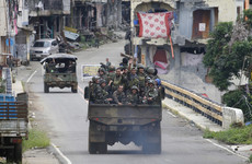 Australian troops train Filipino soldiers in urban warfare to combat Islamic extremists