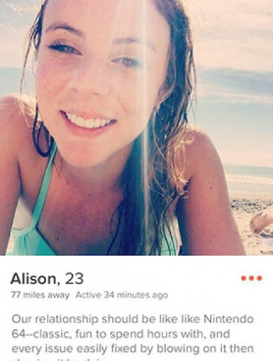 All of the pictures you can expect to find on a girl's Tinder profile