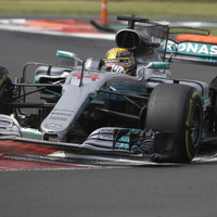 Lewis Hamilton lands fourth F1 world title despite crash at Mexican GP