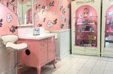 You can now have a glam, beauty-themed afternoon tea in the Benefit shop in Dublin