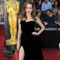 Angelina Jolie-ing is the newest new, new planking