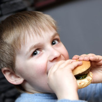 Being overweight or obese is 'major health problem', particularly among children from low-income families