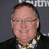 Toy Story director John Lasseter takes leave from Pixar, citing 'missteps' and 'unwanted hugs'