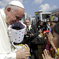 Pope Francis arrives in Myanmar amid tense Rohingya crisis