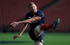 Scotland fly-half to replace Dan Carter at Racing