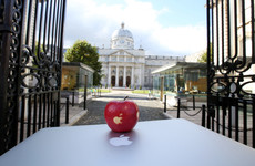 Government to start collecting €13 billion in Apple tax in the New Year