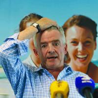 Ryanair pilots serve notice of strike five days before Christmas