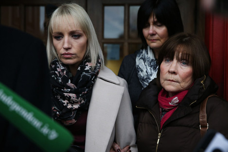 Clodagh Hawe's mother Mary Coll (right) and sister Jacqueline Connelly outside Cavan Courthouse today.