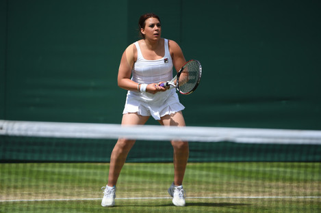 Marion Bartoli plays her legend match at the 2017 Wimbledon Championships.