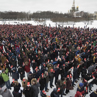Thousands declare support for Kremlin critic in Russia's March election