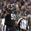 Eagles rip Raiders for top seed, Steelers claim bye