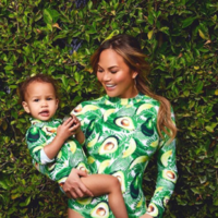 People on Twitter are telling Chrissy Teigen about all of the weird things their kids lick