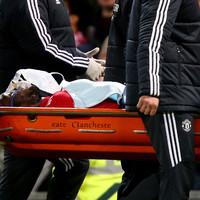 Worrying scenes as Lukaku carried off following clash of heads