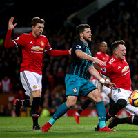 Frustrated Man United fail to score at Old Trafford as Saints earn a point